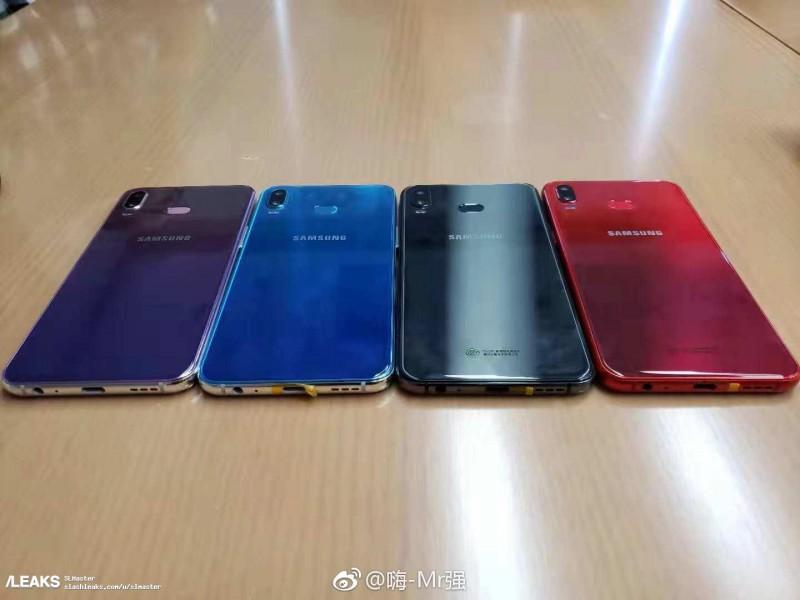 Cмартфон Samsung Galaxy A6S (Phoenix) з неймовірною кришкою на нових живих фото