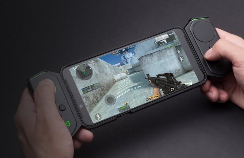 Представлений смартфон Xiaomi Black Shark 2: 10 ГБ ОП і геймпад в комплекті