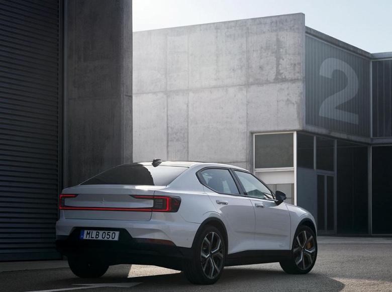Volvo анонсує конкурента Tesla 3