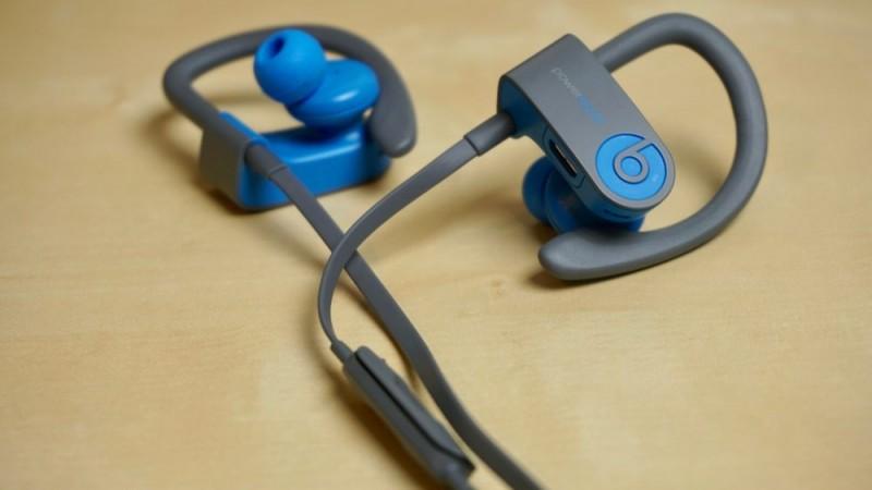 Apple випустить перші повністю бездротові навушники під брендом Beats вже в квітні