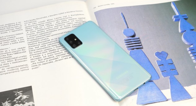 Огляд Samsung Galaxy A71: головні характеристики і підекранний сканер