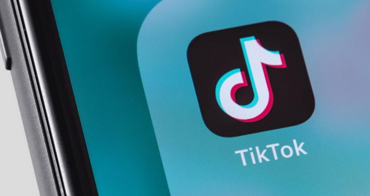 Google штучно збільшує рейтинг додатку TikTok у Play Маркеті