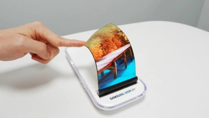 Samsung планує використовувати китайські OLED-дисплеї в недорогих смартфонах