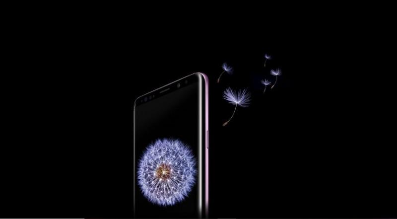 Невдала прошивка зробила зеленими дисплеї смартфонів Samsung