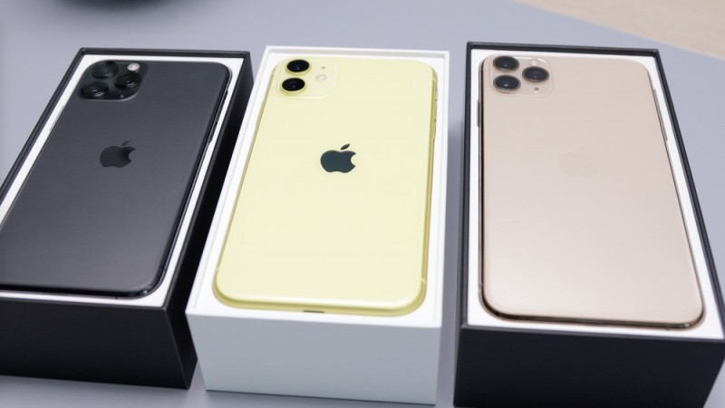 Apple планирует снять с продажи три популярных iPhone