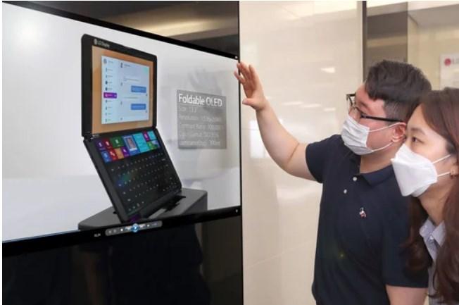 LG представила прозорі екрани нового покоління