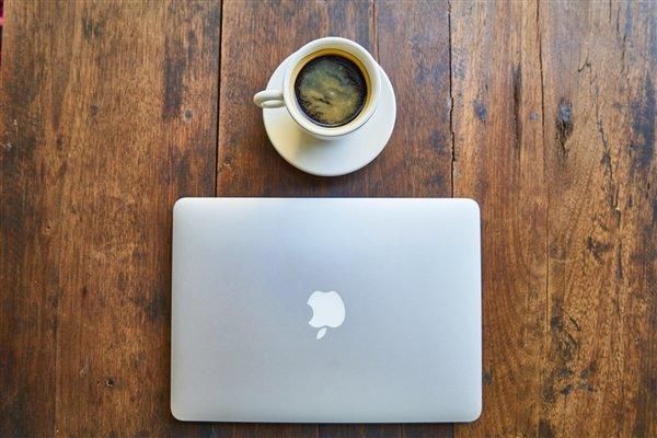 Новый MacBook 12 станет первым ноутбуком на чипсете Apple