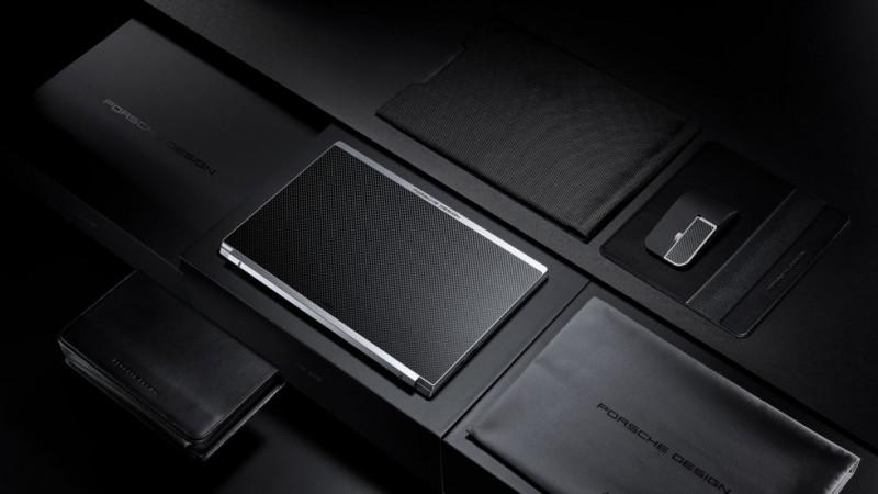 Apple спільно з Porshe випустила преміальний, стильний ноутбук Porsche Design Acer Book RS
