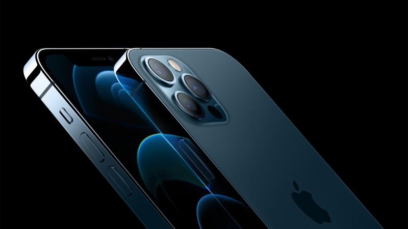 Стало відомо, чому iPhone 12 в Україні дорожчий, ніж у США