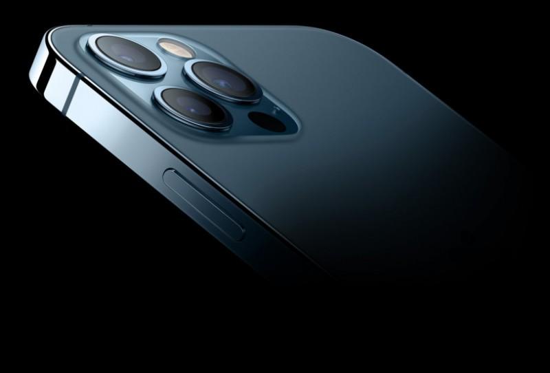 Який об'єм оперативної пам'яті в усіх нових iPhone 12?