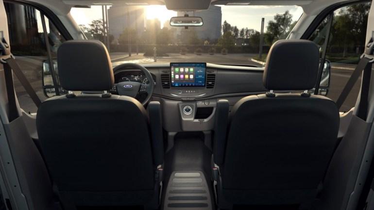 Компанія Ford анонсувала електричний фургон E-Transit: запас ходу 200 км, а ціна становить менше $45 тис.