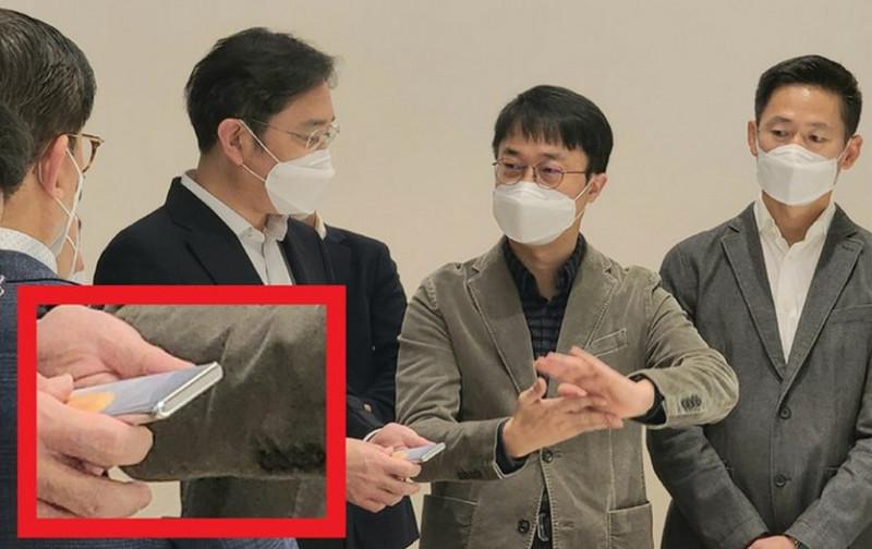 Samsung збирається зробити революцію в дизайні смартфонів