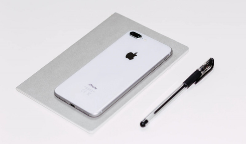 Новая утечка раскрыла интересные детали бюджетного iPhone SE 3